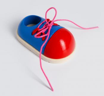 Детская шнуровка «Ботинок» 10,5×6,3×4,5 см